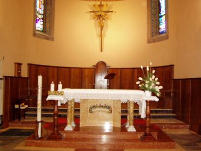 Parrocchia ss pietro e paolo di castelleone di suasa an for Arredo chiesa